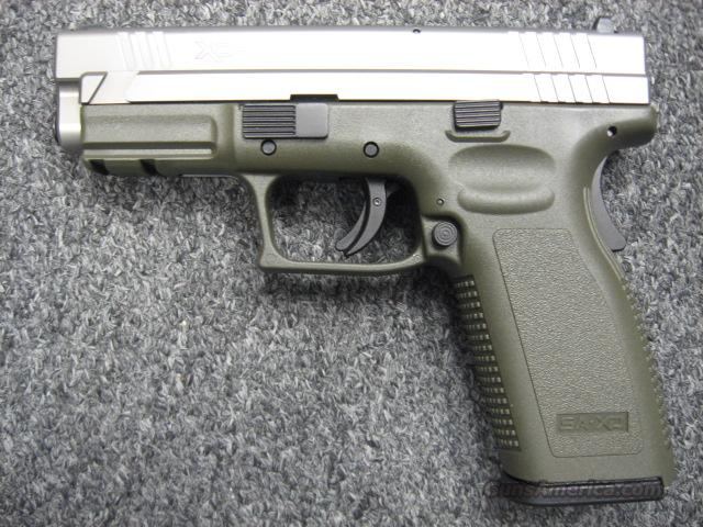 SpringField Armory XD 45 Two-Tone  Guns > Pistols > Springfield Armory Pistols > XD (eXtreme Duty)