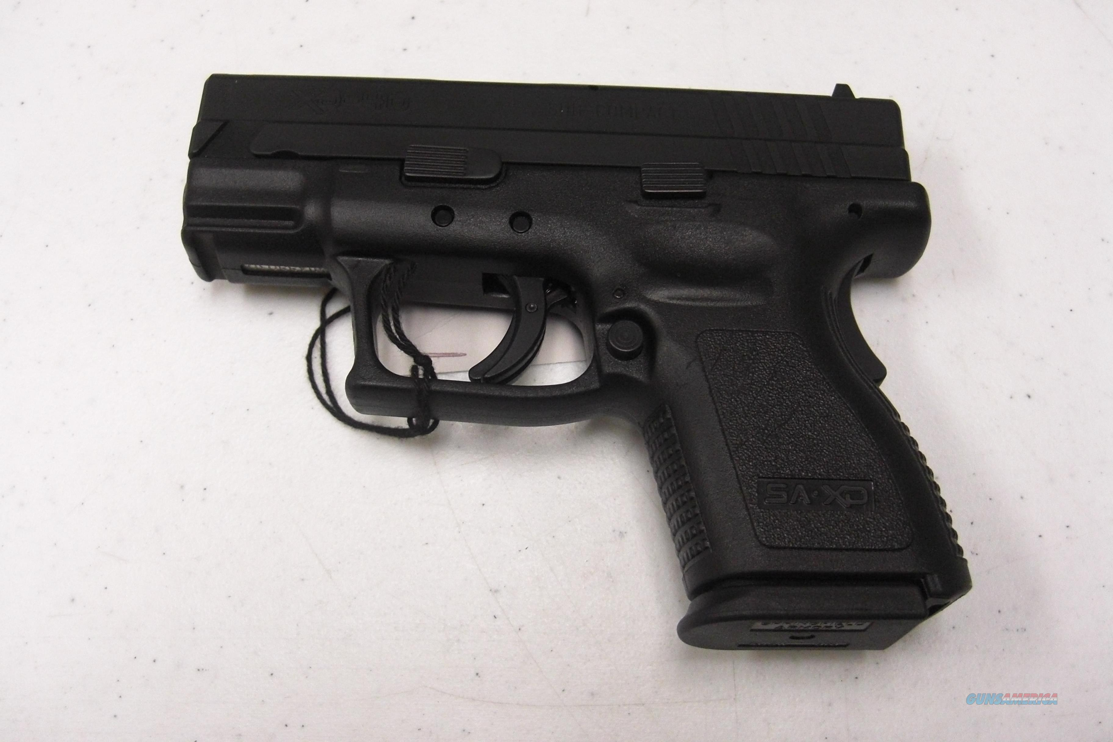 Springfield Armory XD-40 SubCompact w/2 mags, holster, loader  Guns > Pistols > Springfield Armory Pistols > XD (eXtreme Duty)