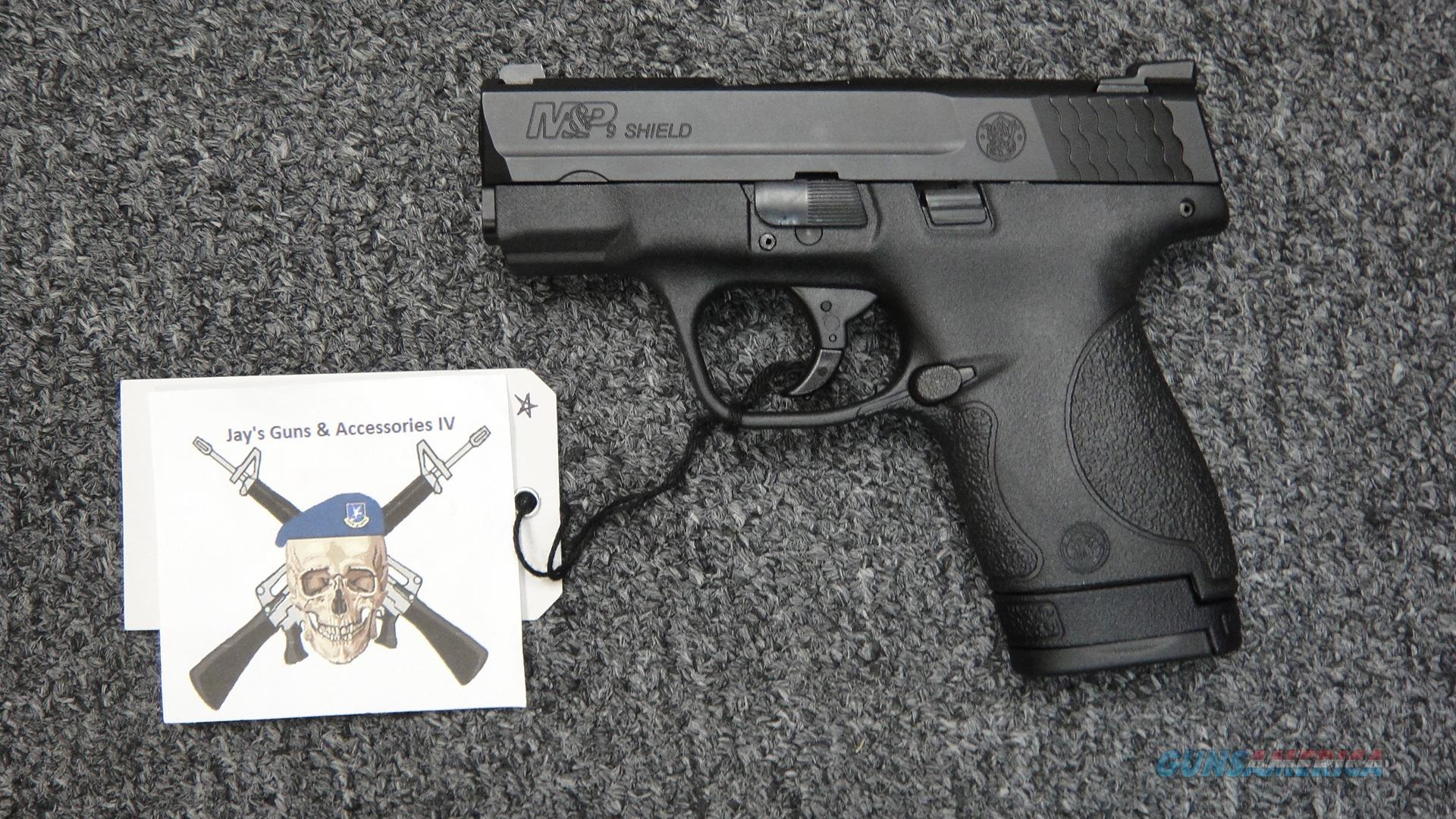 Smith & Wesson M&P 9 Shield w/ Night Sights--No Safety--3 mags (10086)  Guns > Pistols > Smith & Wesson Pistols - Autos > Shield