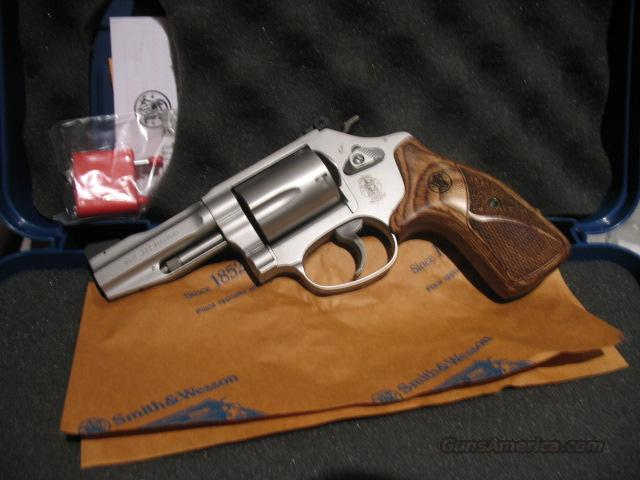 Smith and Wesson Model 60 .357 Mag 5 shot revolver  Guns > Pistols > Smith & Wesson Revolvers > Pocket Pistols