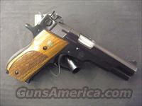 Smith and Wesson Model 52-2  Guns > Pistols > Smith & Wesson Pistols - Autos > Steel Frame