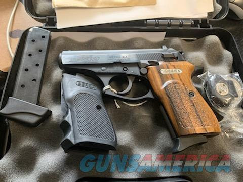 Bersa Thunder 380 Walnut Grip kit  Guns > Pistols > Bersa Pistols