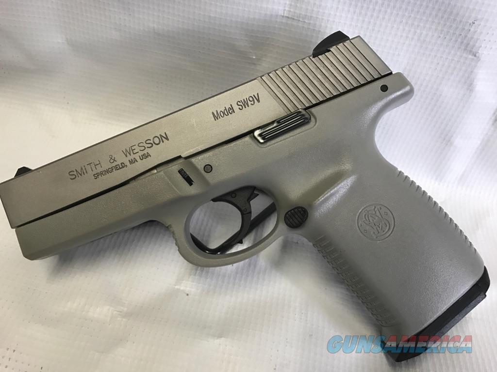 Smith & Wesson SW9V  Guns > Pistols > Smith & Wesson Pistols - Autos > Polymer Frame