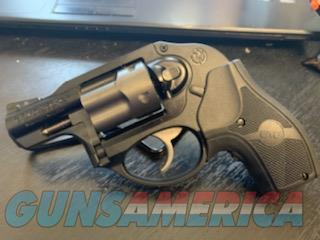 Ruger LCR w/ Crimson Trace Lasergrip  Guns > Pistols > Ruger Double Action Revolver > LCR