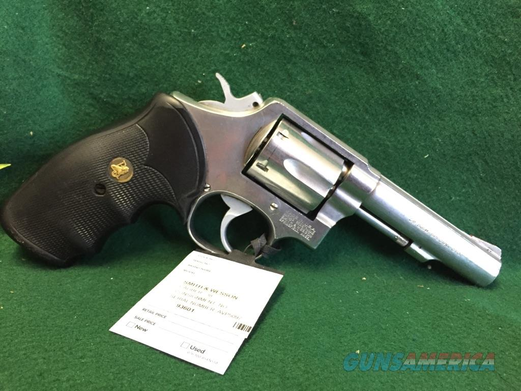 Smith & Wesson Model 64-3  Guns > Pistols > Smith & Wesson Revolvers > Full Frame Revolver