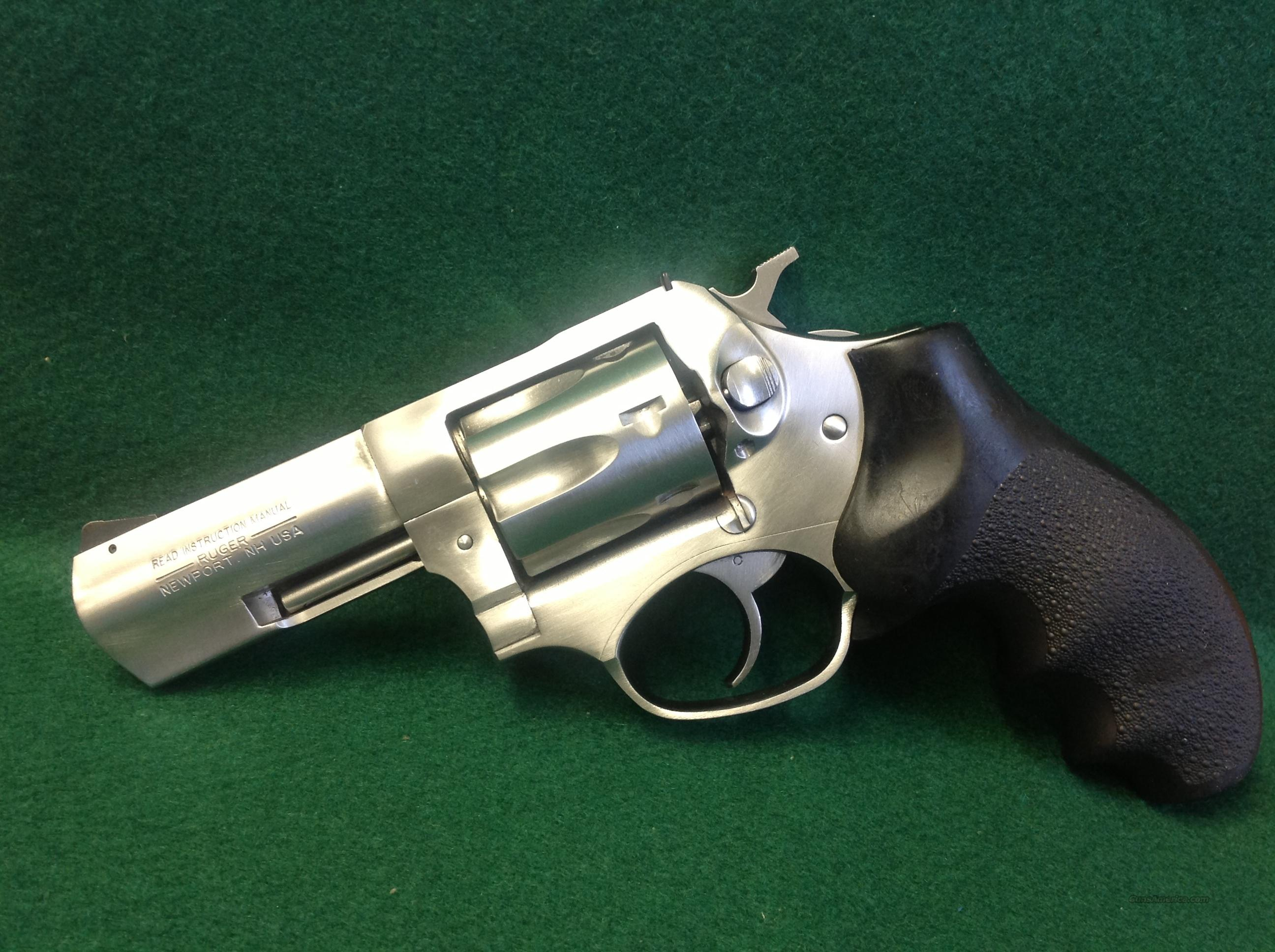 Ruger SP101 .327 Federal Magnum  Guns > Pistols > Ruger Double Action Revolver > SP101 Type