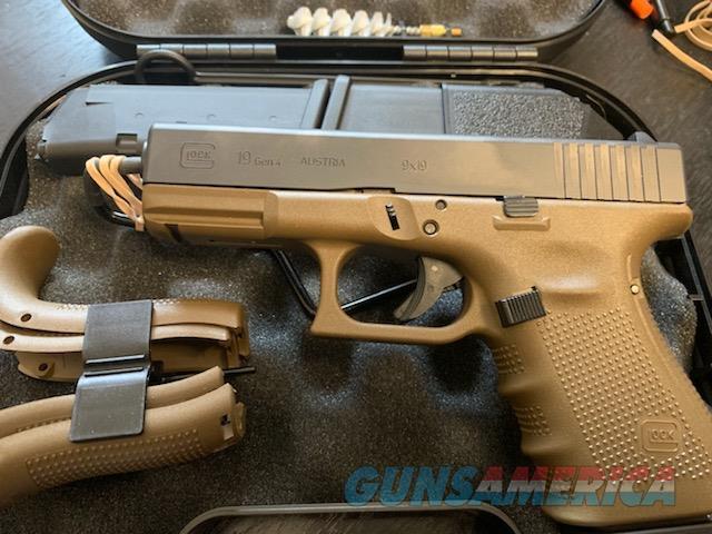 Glock 19 Gen 4 Flat Dark Earth  Guns > Pistols > Glock Pistols > 19/19X