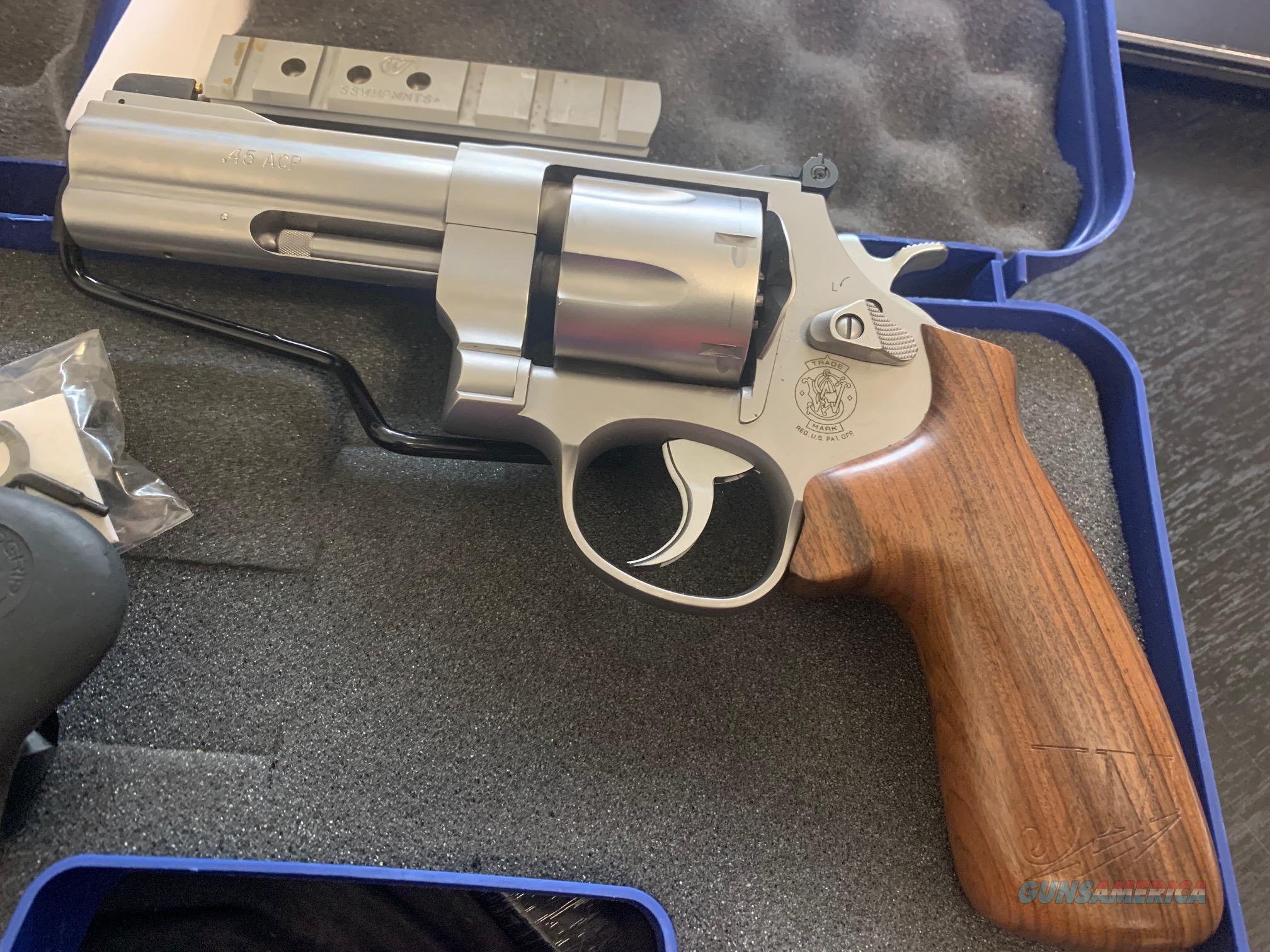 Smith & Wesson 625JM  Guns > Pistols > Smith & Wesson Revolvers > Med. Frame ( K/L )