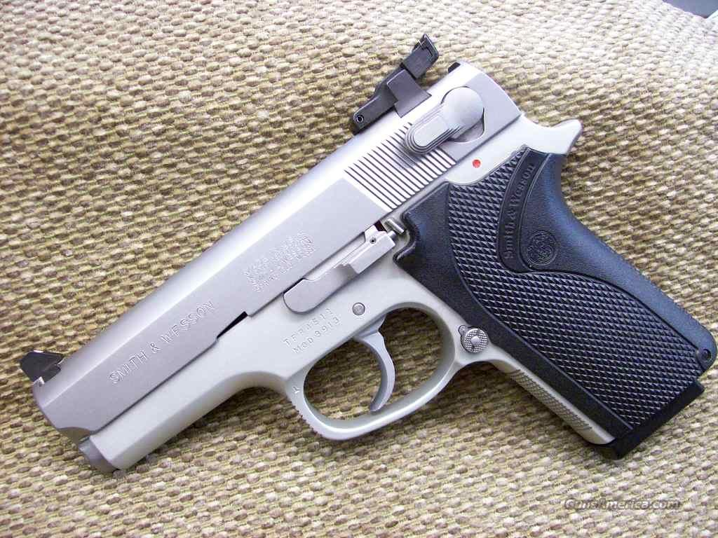 53626  S&W 3913 Compact 9mm w/Millet sights  Guns > Pistols > Smith & Wesson Pistols - Autos > Alloy Frame