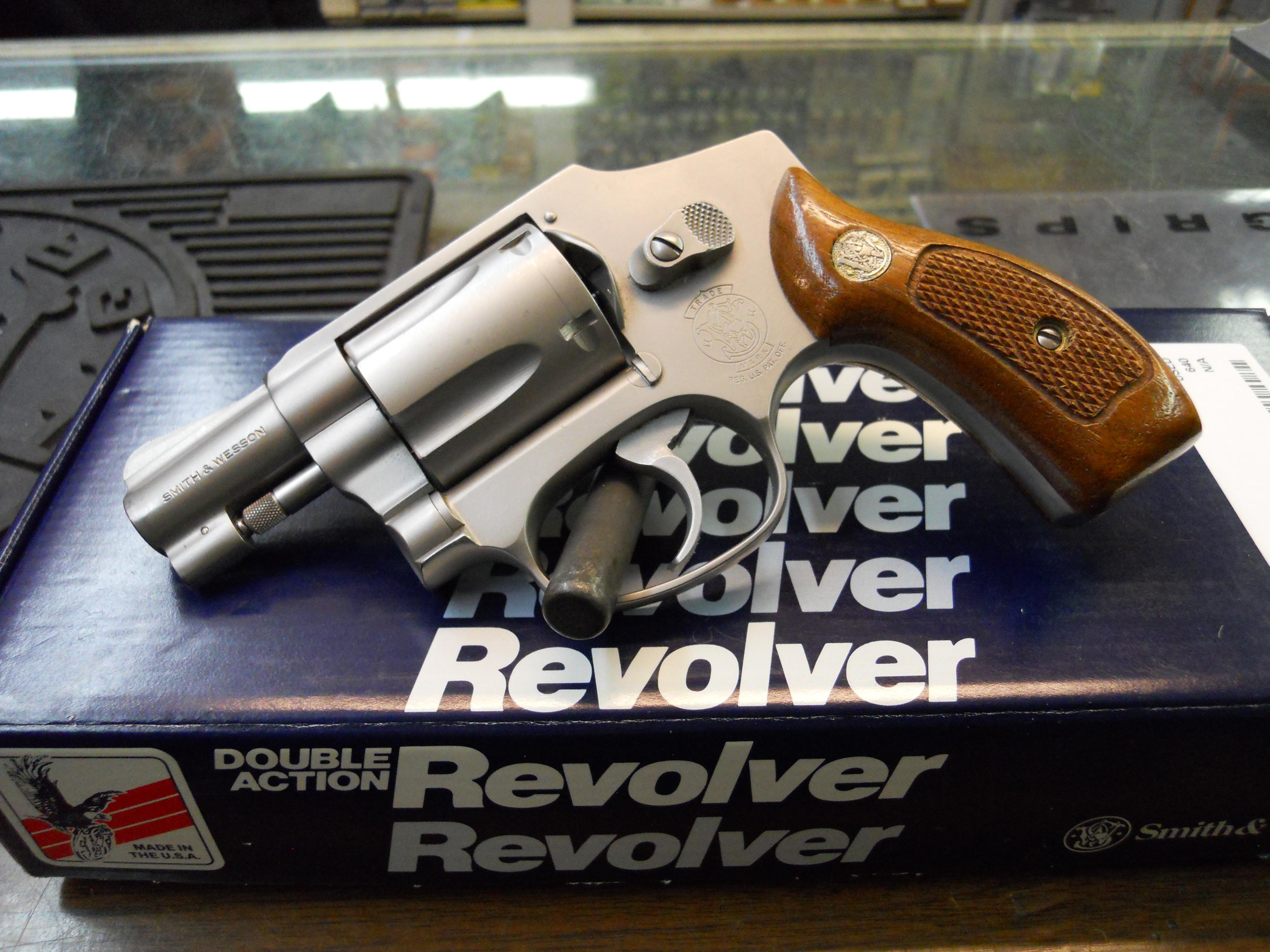 MODEL 640 38 SPECIAL IN ORIGINAL BOX  Guns > Pistols > Smith & Wesson Revolvers > Full Frame Revolver