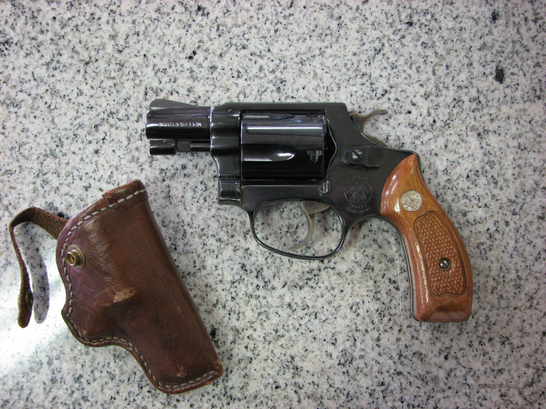 S&W Model 36 Chief's Special   Guns > Pistols > Smith & Wesson Revolvers > Full Frame Revolver