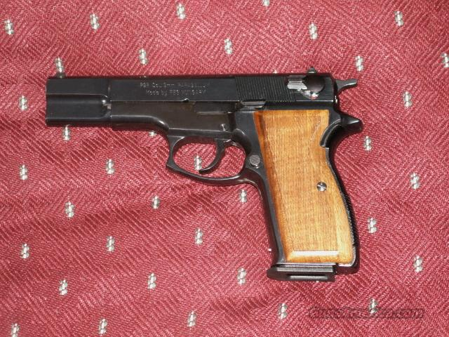 Browning Hi-Power 9mm copy by FEG model P9R  Guns > Pistols > Browning Pistols > Hi Power