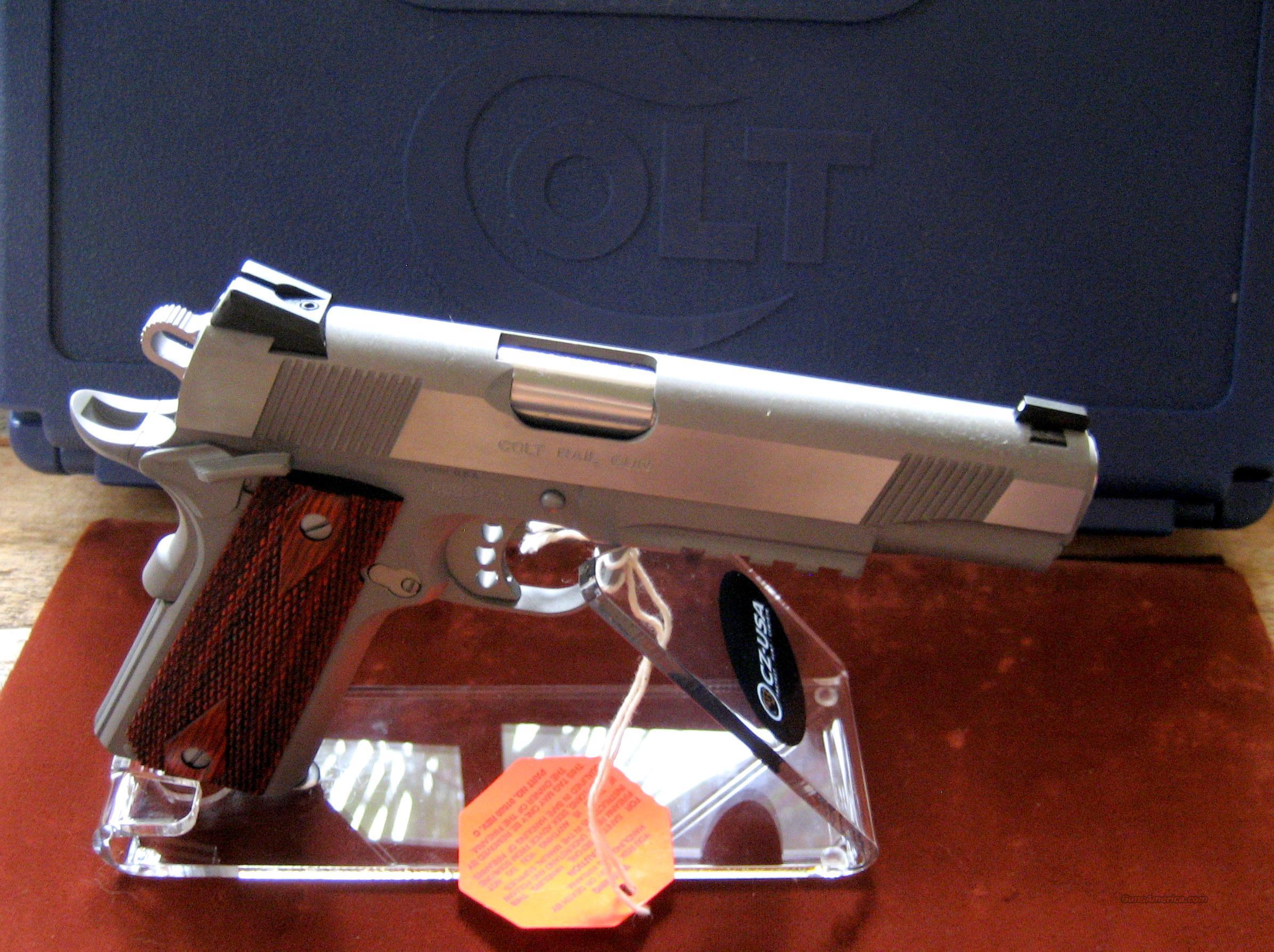 COLT S/S RAIL GUN MODEL # O1070RG  Guns > Pistols > Colt Automatic Pistols (1911 & Var)