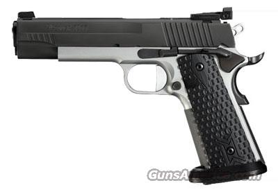 Sig Sauer 1911-FULL-SIZE MAX, Custom Competition, Rev 2-Tone, Fiber Optic Front / Adj Rear, ICE Magwell, Wilson Mag, G-10,   Guns > Pistols > Sig - Sauer/Sigarms Pistols > 1911