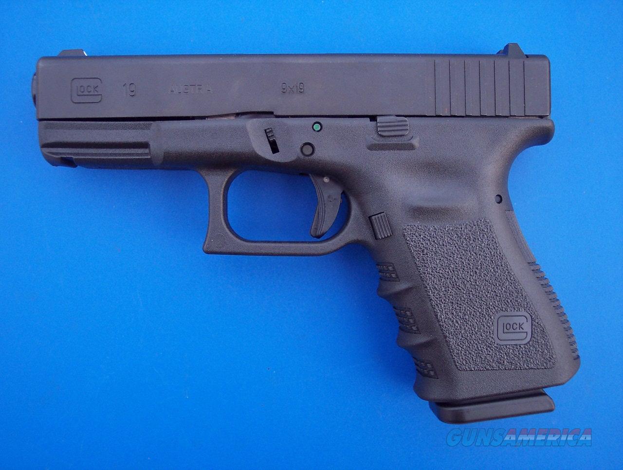 Glock 19 9mm 10 Rd Gen 3 Compact CCW *NEW*   Guns > Pistols > Glock Pistols > 19/19X