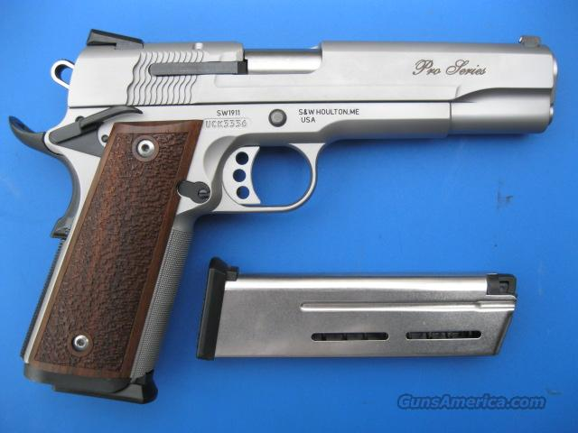 Smith & Wesson 1911 9mm Pro Series *NEW* Fixed Novak Sights Wilson Combat ETM Mags Magwell Ambi  Guns > Pistols > Smith & Wesson Pistols - Autos > Steel Frame