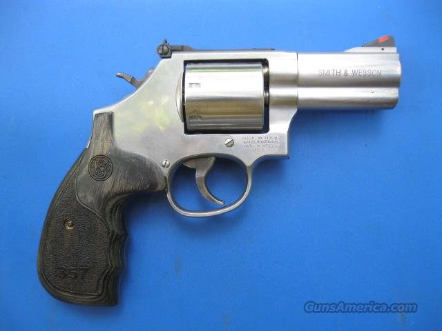 "Smith & Wesson 686 Plus Deluxe 3"" LIMITED Ed. Talo *NEW* 150853  Guns > Pistols > Smith & Wesson Revolvers > Full Frame Revolver"