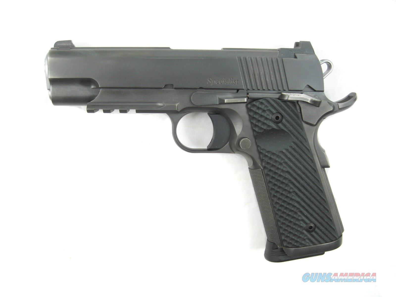 Dan Wesson Specialist Distressed Commander .45 acp Night Sights 01897 *NEW*  Guns > Pistols > Dan Wesson Pistols/Revolvers > 1911 Style
