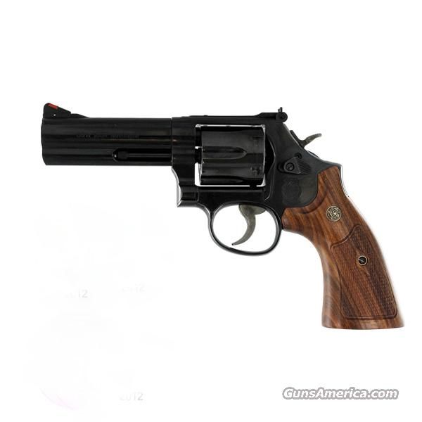 "Smith & Wesson 586 Distiguished Combat Magnum *NEW* 357 Mag 4"" 150909  Guns > Pistols > Smith & Wesson Revolvers > Full Frame Revolver"