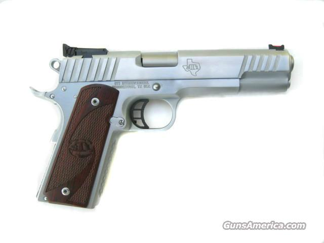 STI Trojan .40 S&W Hard Chrome Finish Dawson Fiber Optic 5.0 1911 *NEW*  Guns > Pistols > STI Pistols