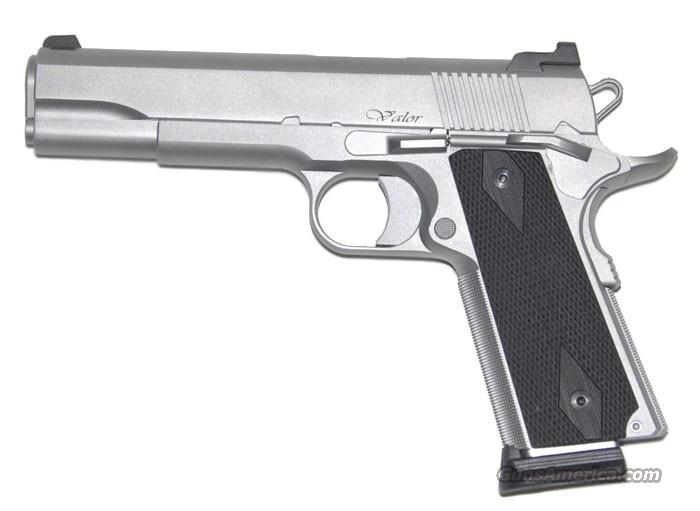 CZ-USA Dan Wesson Valor 45 acp Stainless 5 in 1911 SKU 01986 *NEW*  Guns > Pistols > Dan Wesson Pistols/Revolvers > 1911 Style