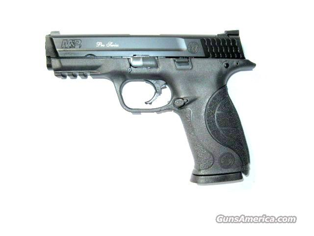 Smith & Wesson M&P 9mm PRO SERIES Night Sights *NEW*  Guns > Pistols > Smith & Wesson Pistols - Autos > Polymer Frame