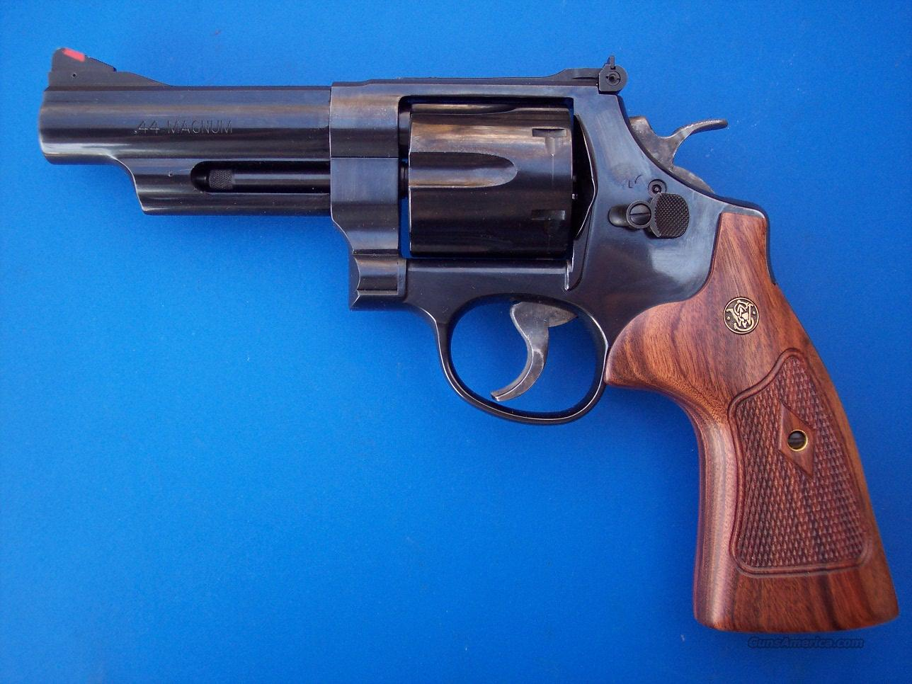 "Smith & Wesson 29 Classic 44 Mag 4"" NEW  Guns > Pistols > Smith & Wesson Revolvers > Full Frame Revolver"