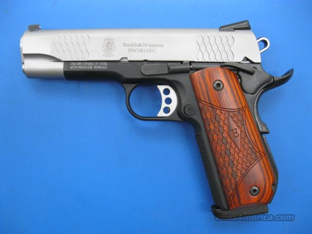Smith & Wesson E Series 1911SC .45  Bobtail Commander *NEW*  Guns > Pistols > Smith & Wesson Pistols - Autos > Alloy Frame