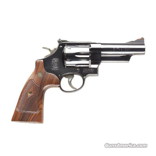 "Smith & Wesson 29 Classic .44 Magnum 4"" Blue *NEW*  Guns > Pistols > Smith & Wesson Revolvers > Full Frame Revolver"