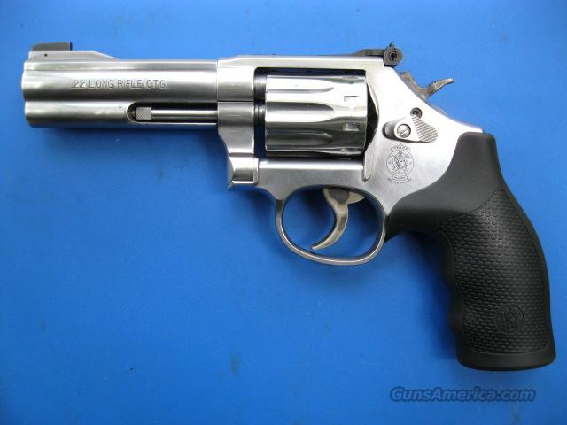 Smith & Wesson 617 10 shot .22 LR *NEW*  Guns > Pistols > Smith & Wesson Revolvers > Full Frame Revolver