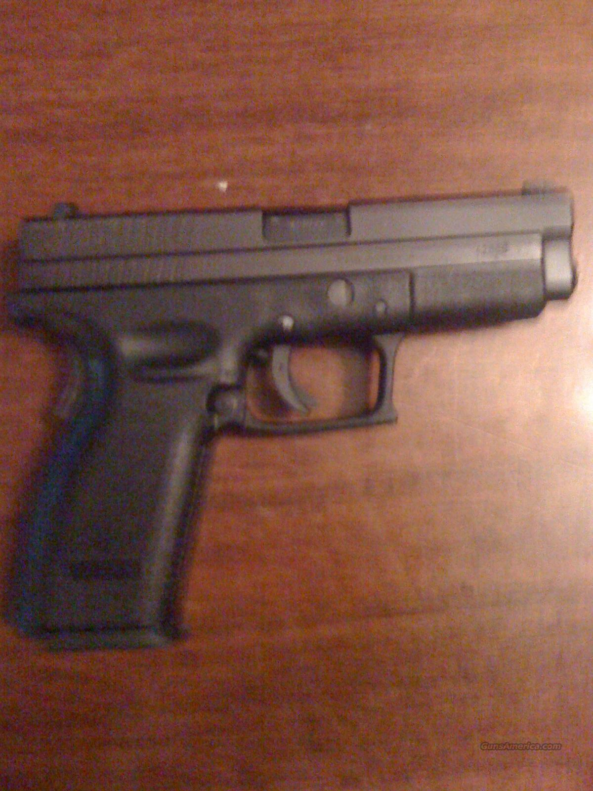 Springfield XD 9mm with Night Sights and 2 hi-cap mags  Guns > Pistols > Springfield Armory Pistols > XD (eXtreme Duty)