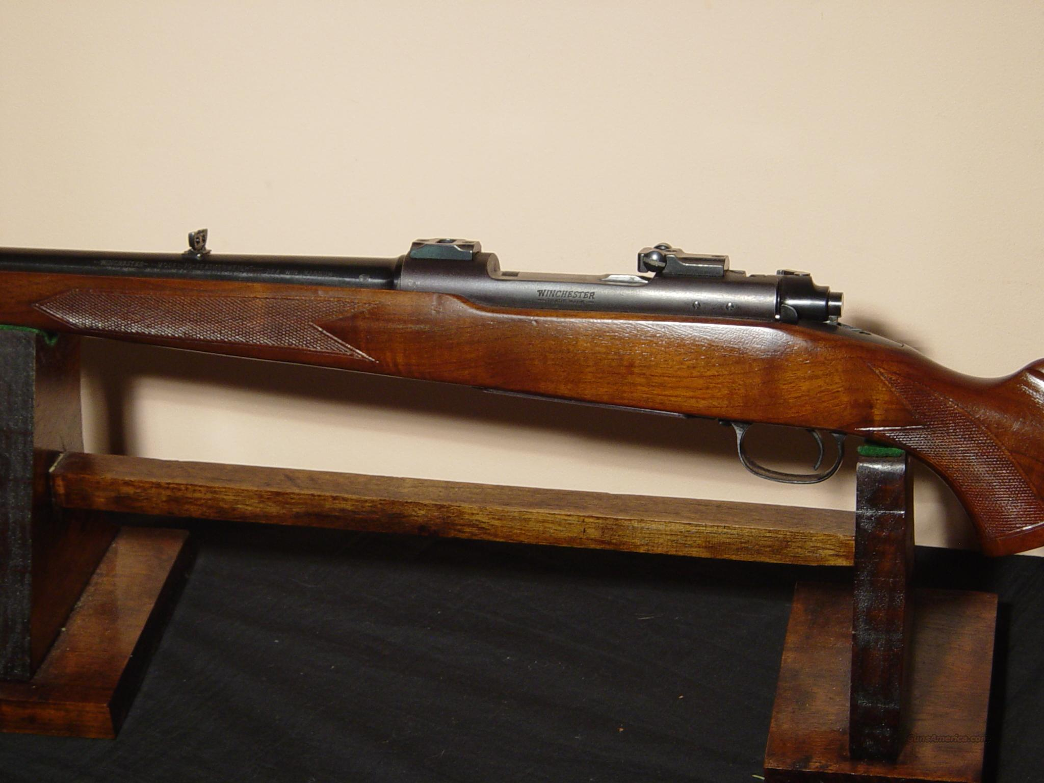 WINCHESTER  70PRE  264 MAG FEATHERLIGHT  Guns > Rifles > Winchester Rifles - Modern Bolt/Auto/Single > Model 70 > Pre-64