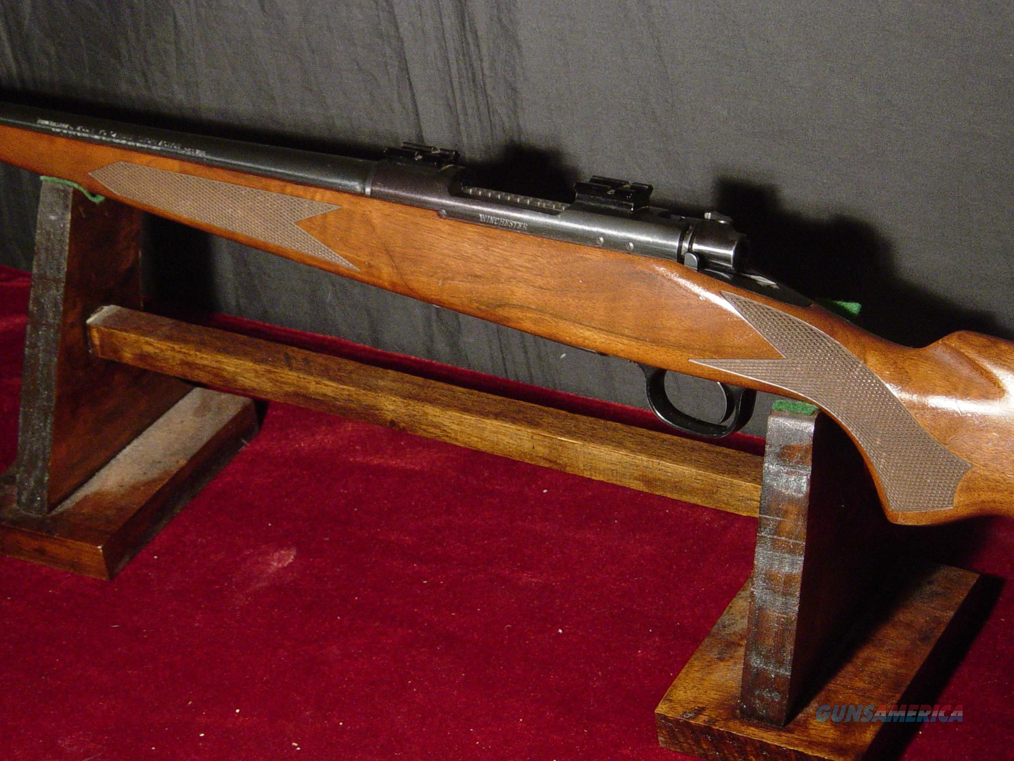 WINCHESTER 70 . 243   CARBINE  Guns > Rifles > Winchester Rifles - Modern Bolt/Auto/Single > Model 70 > Post-64