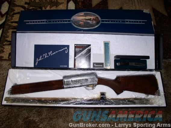 BROWNING AUTO 5 CLASSIC LIGHT TWELVE MINT NEW IN BOX  Guns > Shotguns > Browning Shotguns > Autoloaders > Hunting