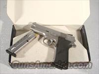 S&W Model 4046 .40 S&W, Stainless  Guns > Pistols > Smith & Wesson Pistols - Autos > Steel Frame