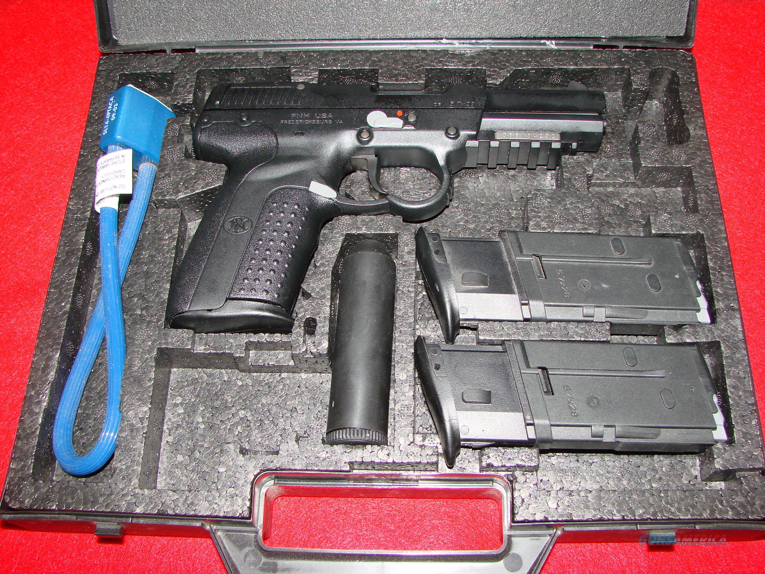 FN FiveSeven IOM Double Loop  Guns > Pistols > FNH - Fabrique Nationale (FN) Pistols > FiveSeven
