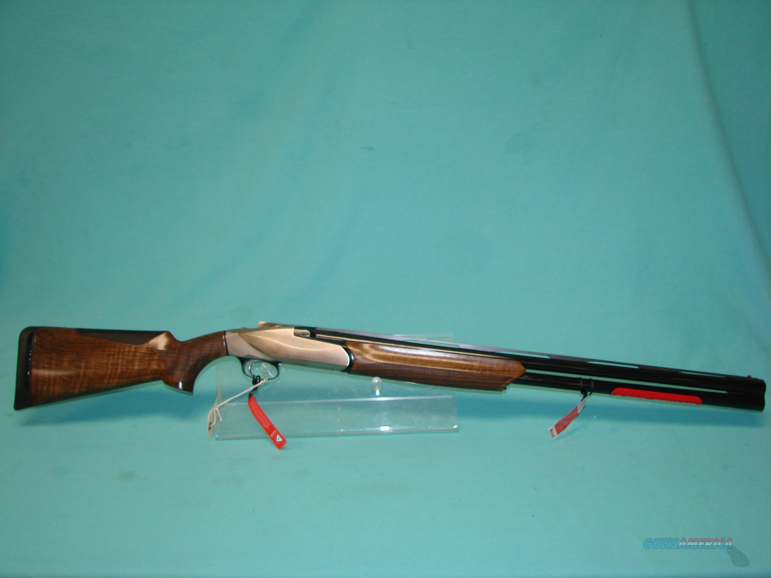 Benelli 828U  Guns > Shotguns > Benelli Shotguns > Trap/Skeet