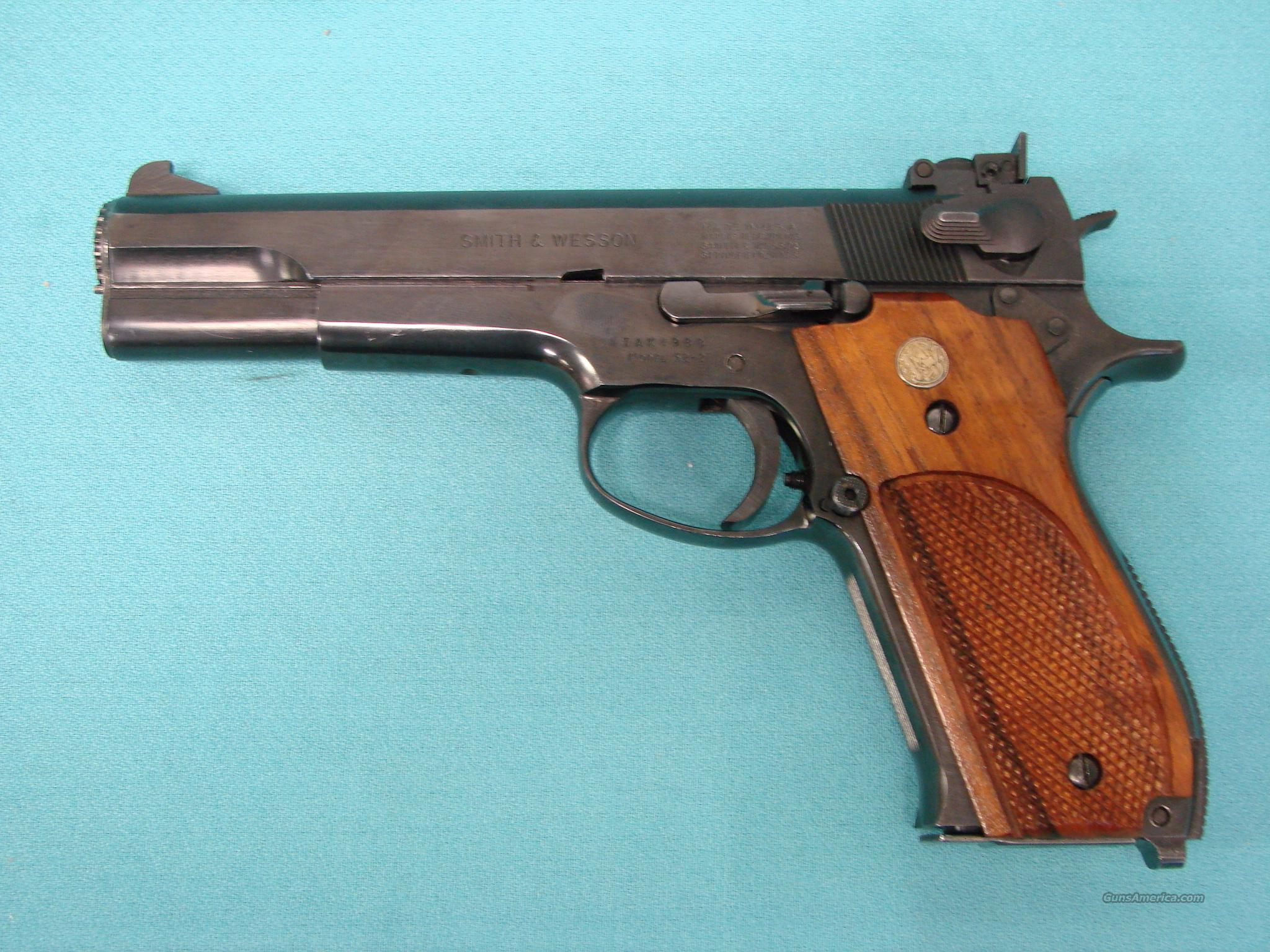Smith& Wesson 52-2  Guns > Pistols > Smith & Wesson Pistols - Autos > Steel Frame