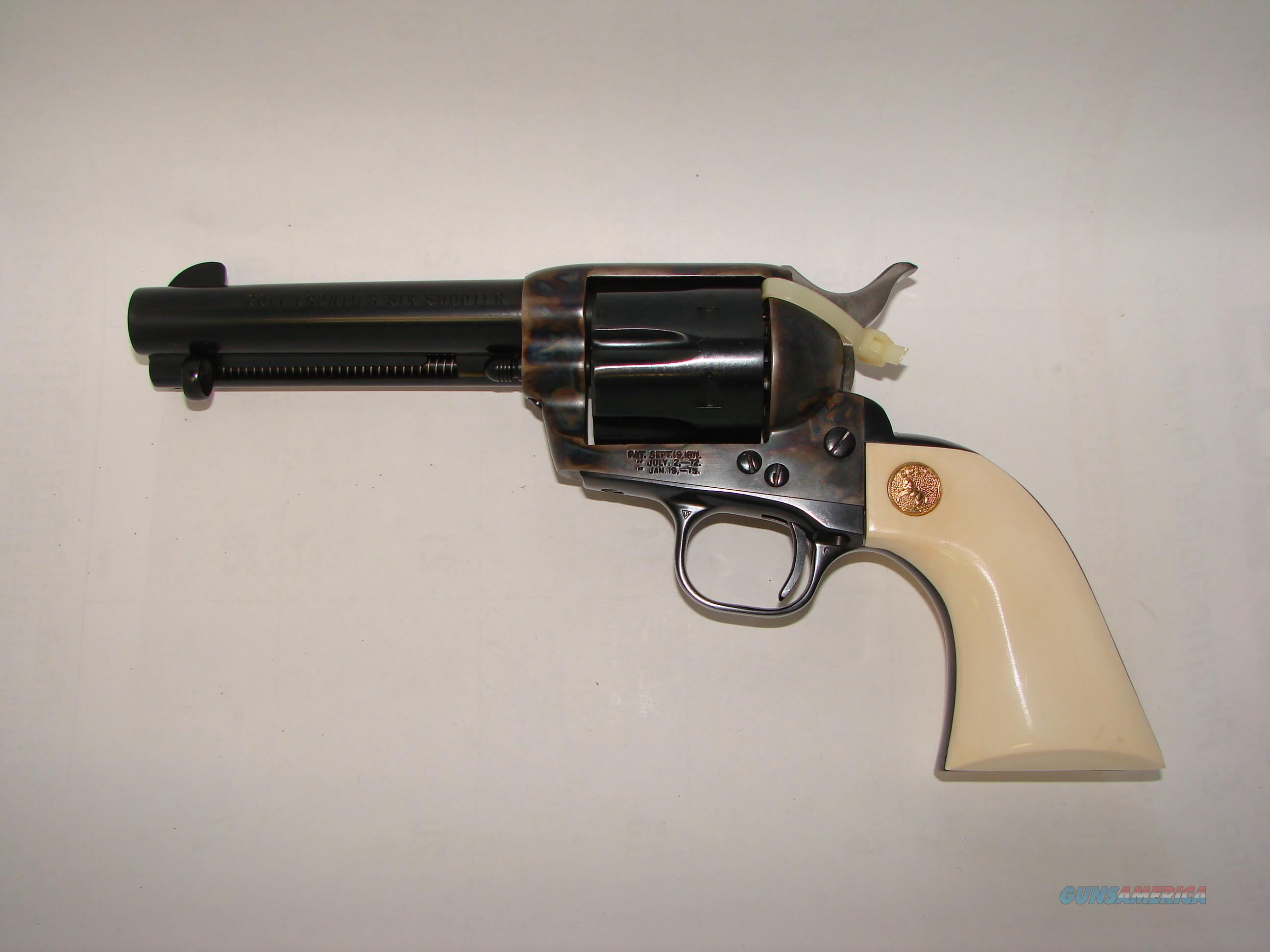 Colt Frontier SAA 44-40 w/Ivory  Guns > Pistols > Colt Single Action Revolvers - 3rd Gen.