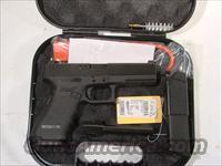 Glock 17 Set up for a Silencer  Glock Pistols > 17