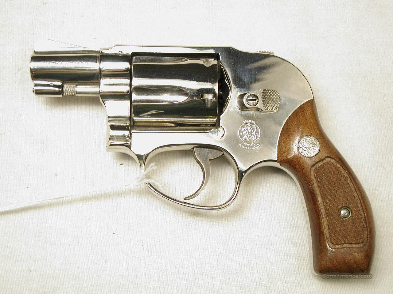 SMITH & WESSON M 38 AIRWEIGHT NICKEL  Guns > Pistols > Smith & Wesson Revolvers > Pocket Pistols