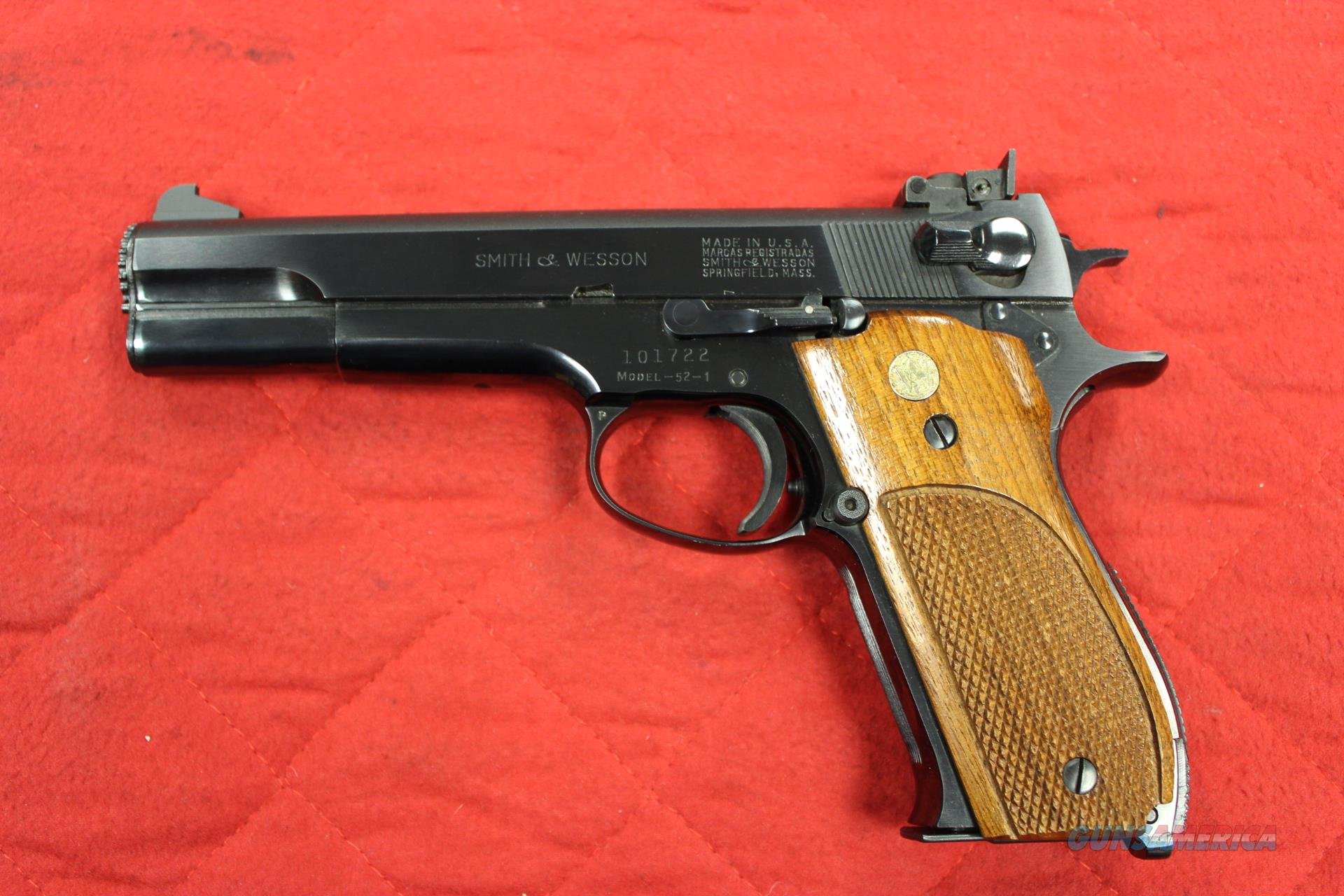 SMITH AND WESSON 52-1 WITH TWO MAGAZINES  Guns > Pistols > Smith & Wesson Pistols - Autos > Alloy Frame