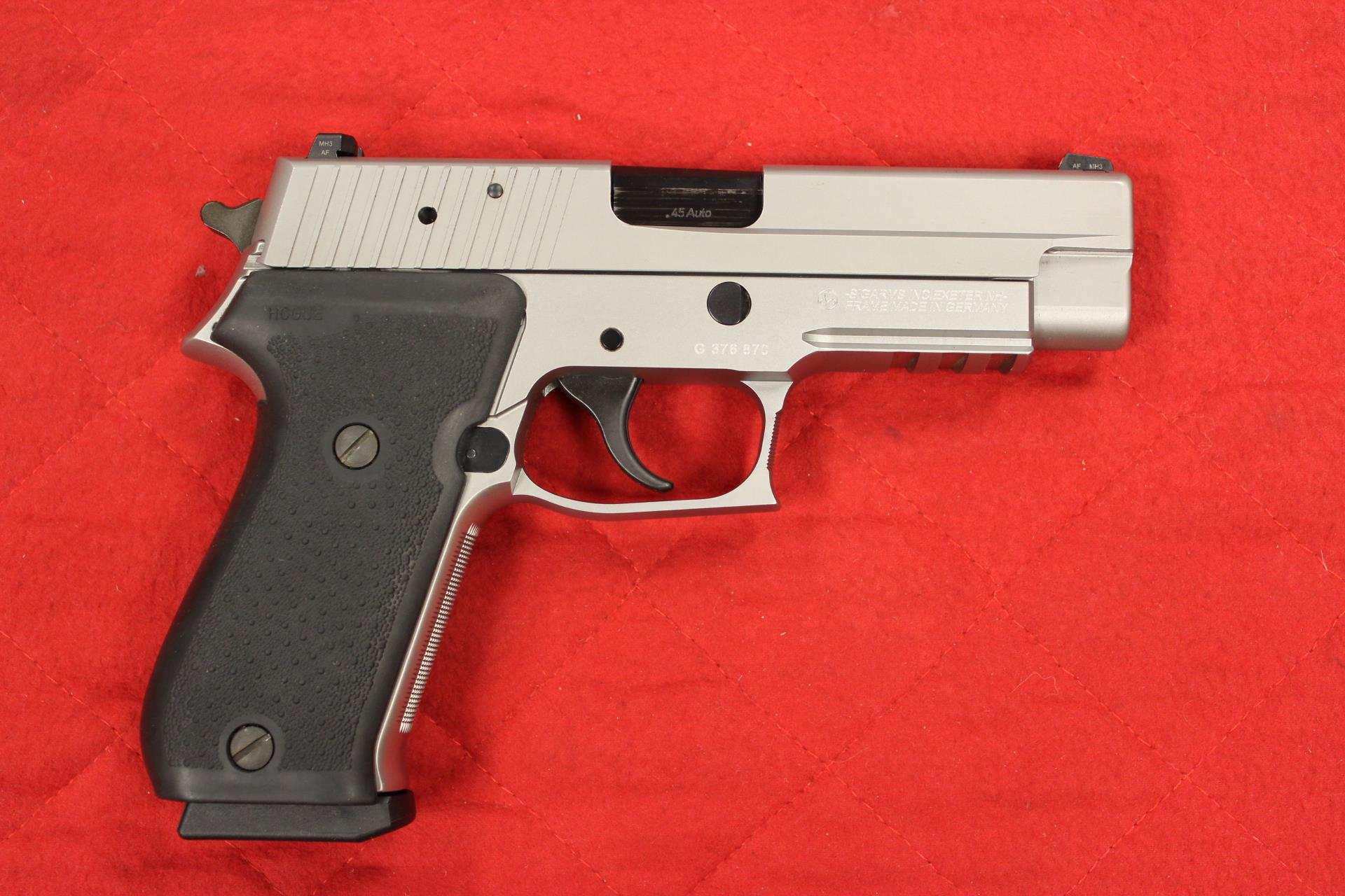 Sig P220 Stainless Steel With Nite Sites  Guns > Pistols > Sig - Sauer/Sigarms Pistols > P220