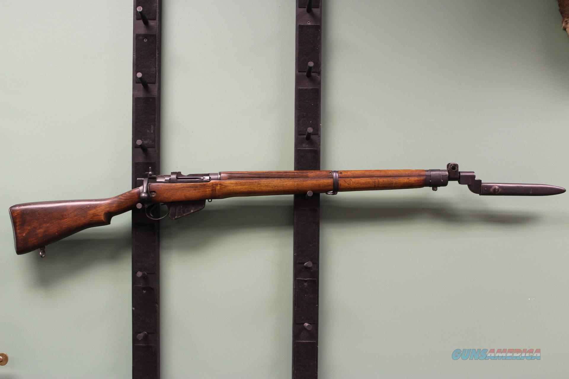 Canadian Lee Enfield Long Branch Rifle No. 4 Mark 1 with optional case of tracer ammo   Guns > Rifles > Enfield Rifle