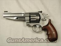 SMITH AND WESSON 627  Guns > Pistols > Smith & Wesson Revolvers > Performance Center