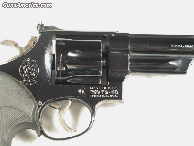 25-2  Guns > Pistols > Smith & Wesson Revolvers