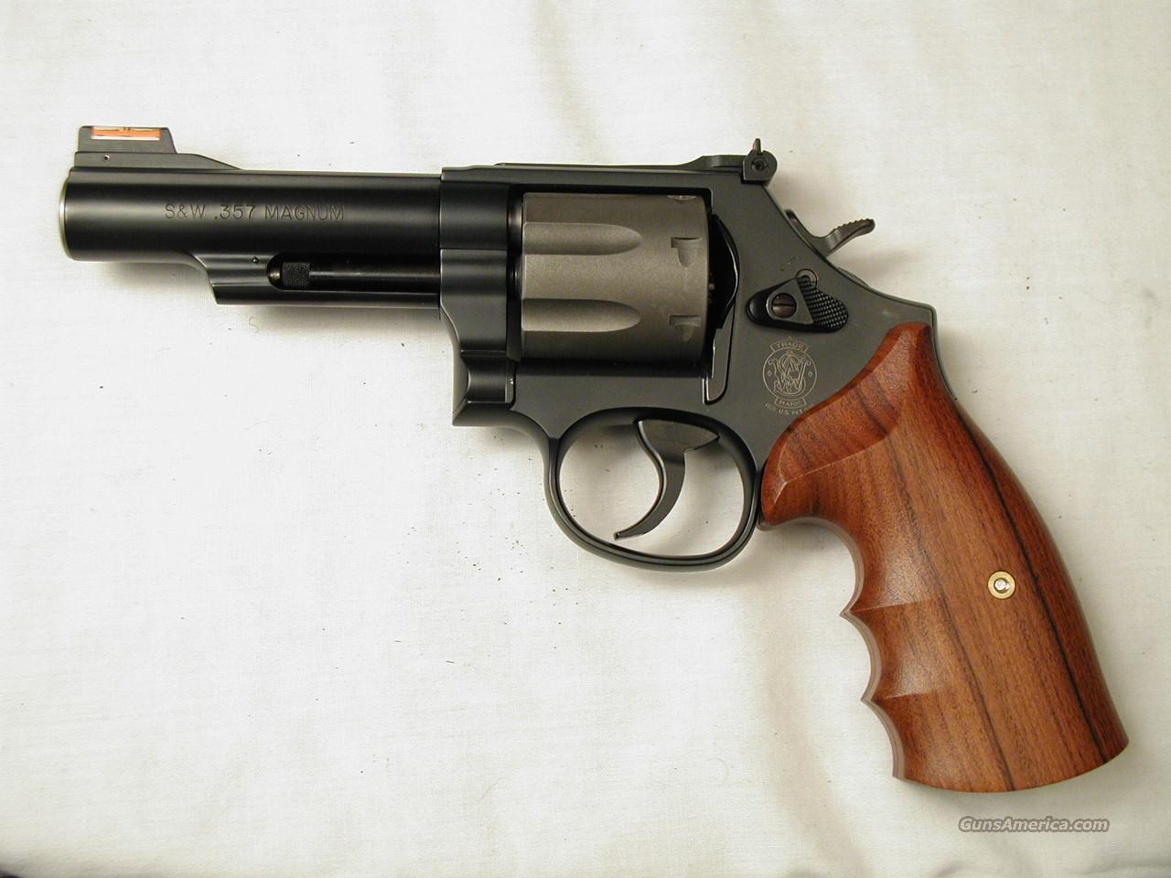 7 SHOT 357 MAGNUM  Guns > Pistols > Smith & Wesson Revolvers > Full Frame Revolver