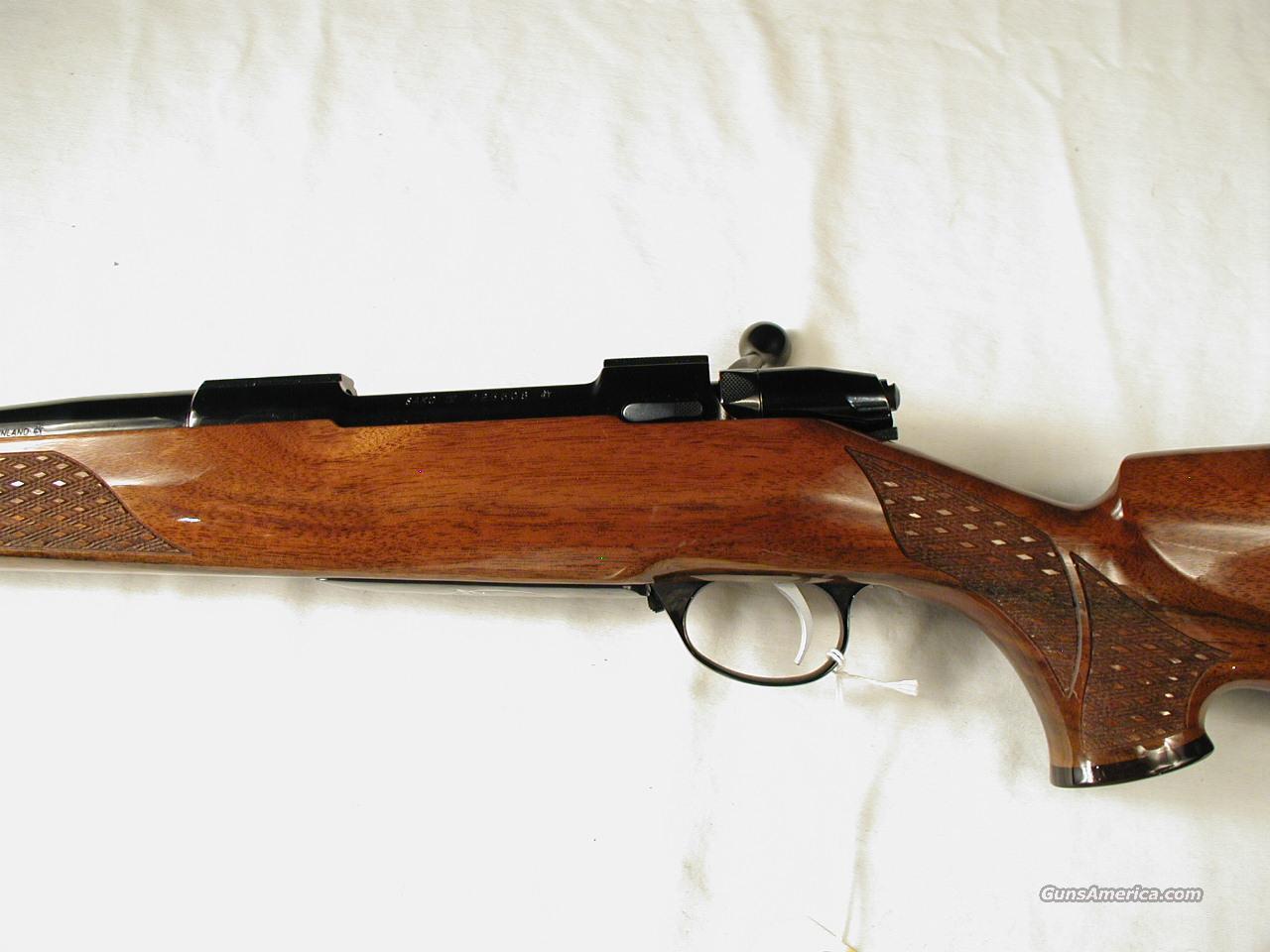 DELUXE 270  Guns > Rifles > Sako Rifles