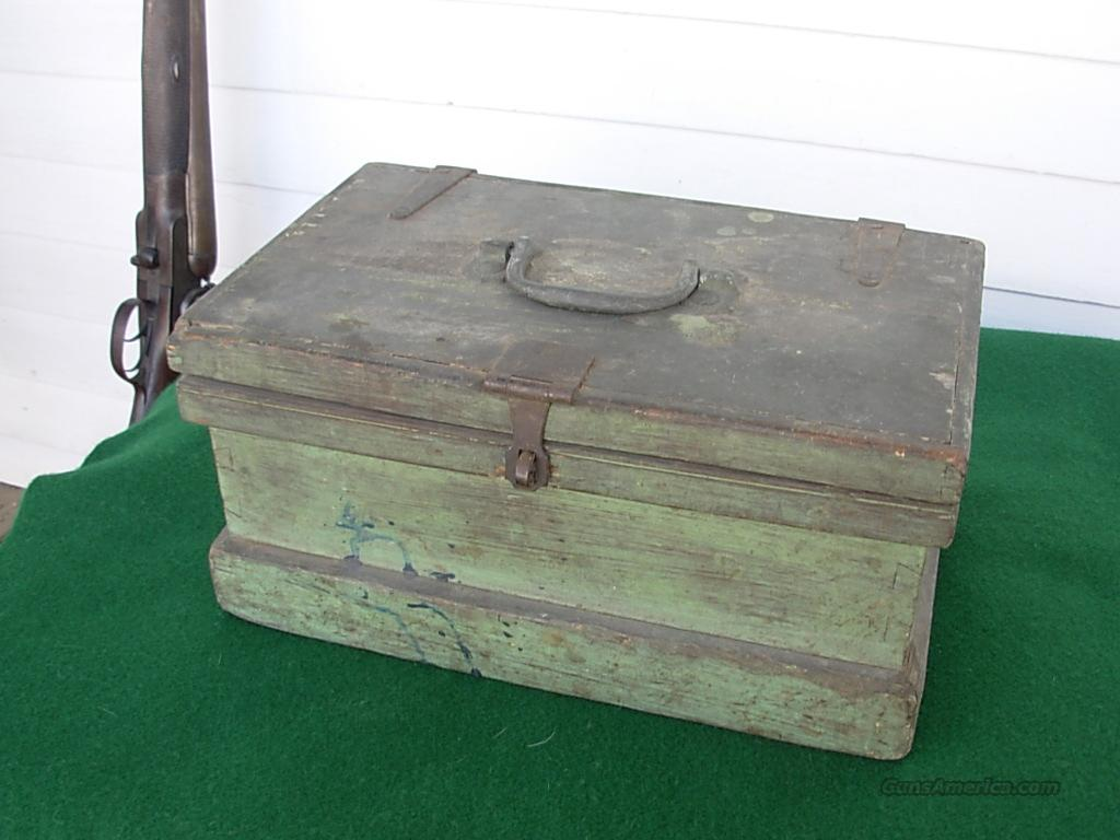 ANTIQUE  RELOADING CHEST WITH TOOLS AND COMPONETS  Guns > Shotguns > Antique (Pre-1899) Shotguns - Misc.