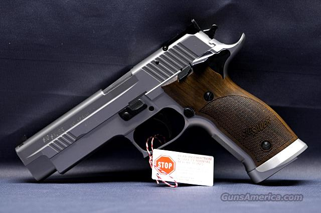 Sig Single Action P226 X-Five S/A Pst 9mm (19)   Guns > Pistols > Sig - Sauer/Sigarms Pistols > P226